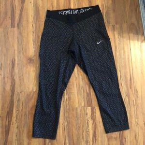 Nike dry fit work out leggings